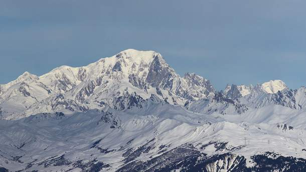 У Франції обмежили доступ до вершини гори Монблан