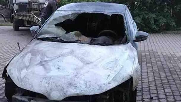 В Ужгороді підпалили автомобіль офіцера Держприкордонслужби