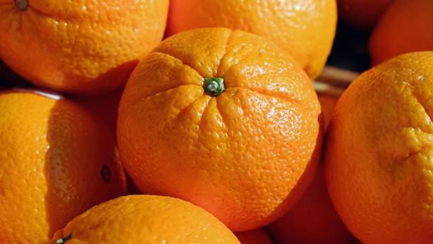 Вживання апельсинів здатне пкоращити зір літнім людям
