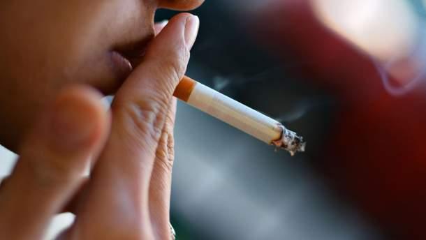 Яка кількість сигарет спричиняє хвороби серця