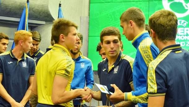 Збірна України U-19