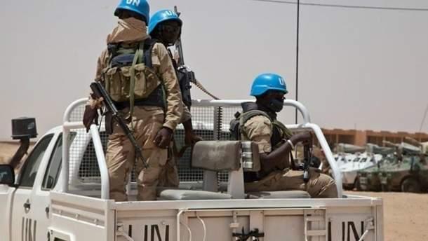 В Конго повстанцы расстреляли лагерь миротворцев, в котором находятся украинцы