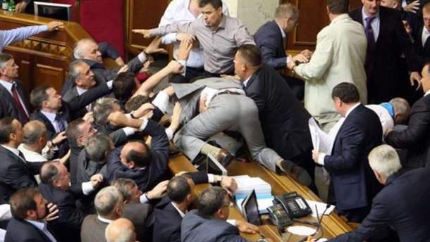 Журналистам могут запретить снимать народных депутатов без их разрешения