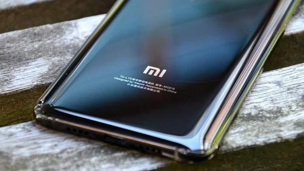 Xiaomi Mi Note 4 матиме прозору кришку