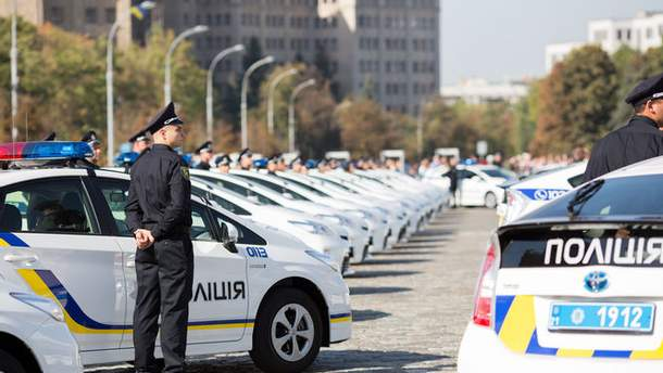 В Киеве полиция усиленно патрулирует потенциальные огневые точки террористов