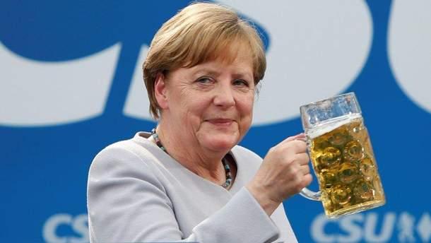 Меркель исчезла, немецкие журналисты немогут еенайти