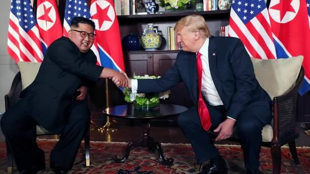 Трамп і Кім Чен Ин ведуть активну переписку