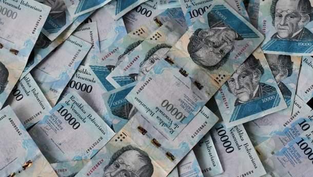 Правительство Венесуэлы легализовал обмен валюты в стране