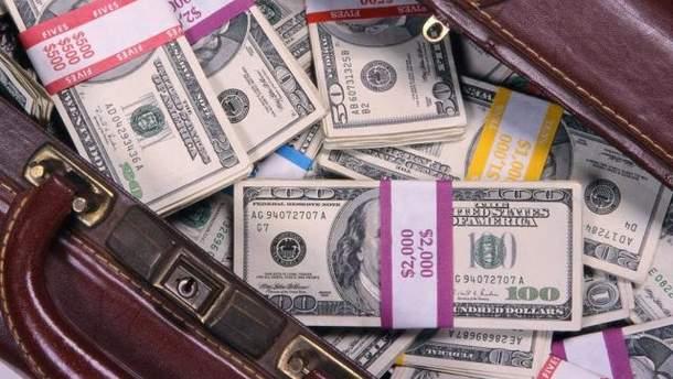Курс валют НБУ на 6 серпня: долар і євро  несуттєво подорожчали