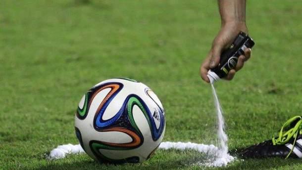 Суд може заборонити зникаючий спрей у футбольних матчах