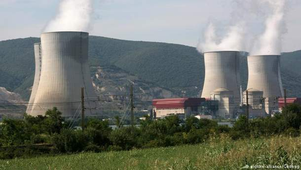 УФранції через спеку зупинили реактор АЕС
