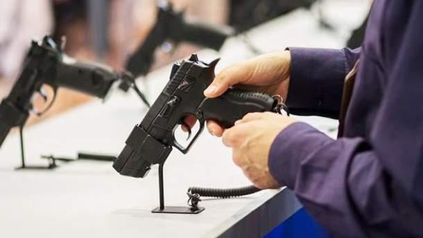 В каких случаях в Украине можно застрелить нападавшего
