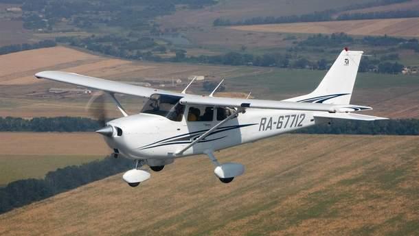 Умерло пять человек в ходе аварии самолета в США