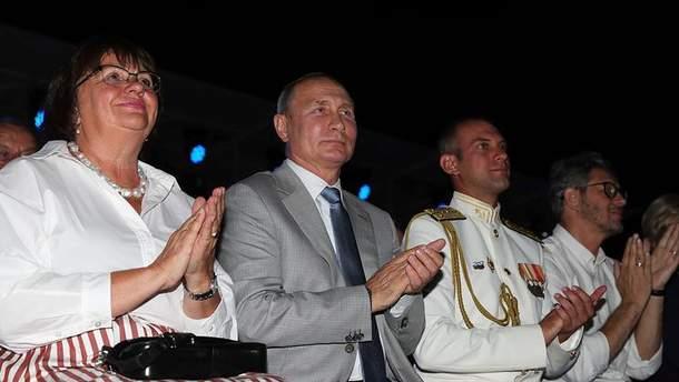 Путін на фестивалі в окупованому Криму