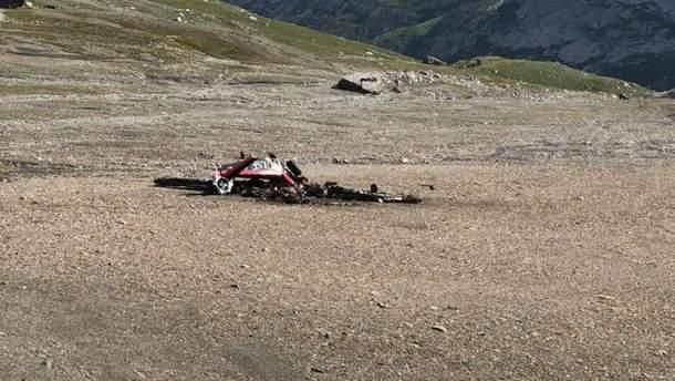 У Швейцарії у Альпах розбився екскурсійний літак часів Другої світової: щонайменше 20 загиблих