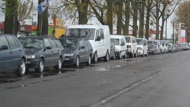 На границе с Польшей застряли сотни автомобилей
