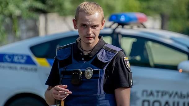 Підстаркуватий пранкер, граната і героїзм поліцейського
