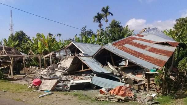 Потужний землетрус в Індонезії забрав життя вже 98 людей