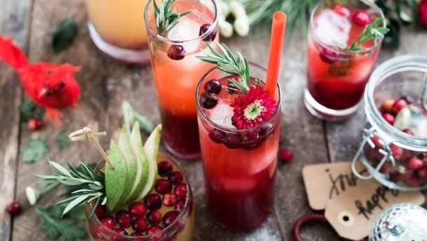 Сколько калорий и воды содержат популярные напитки