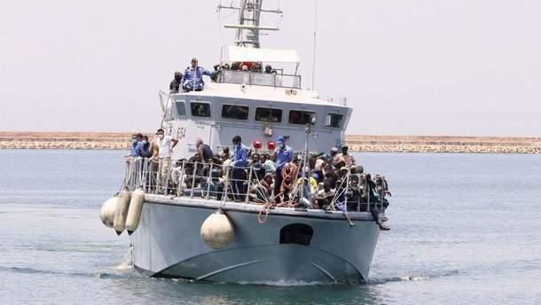В Греции и Италии арестовали около 250 украинских моряков