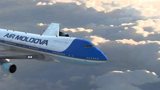 "Самолет компании ""Air Moldova"""