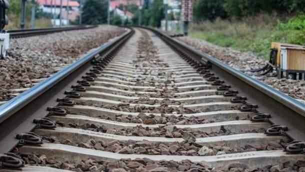 На Житомирщині потяг переїхав 22-річного хлопця