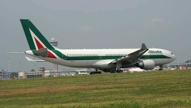 Літак, який прямував з Італії екстрено сів у Японії