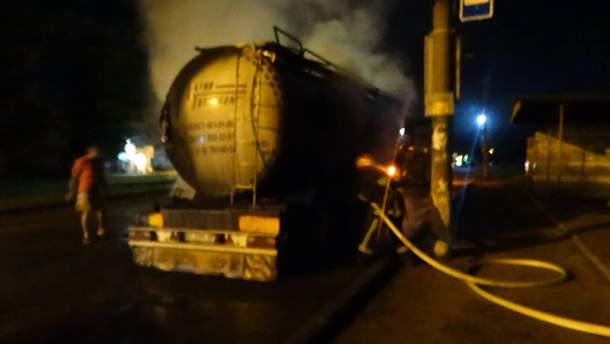 На Черкащині загорівся молоковоз
