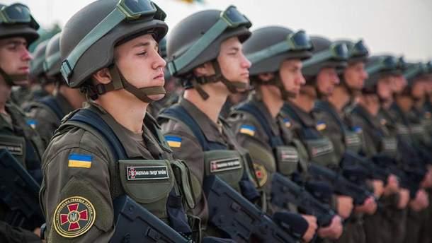 """Воинское приветствие в ВСУ заменят на """"Слава Украине!"""""""