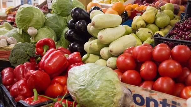 Відмовлятися від овочів через нітрати не варто