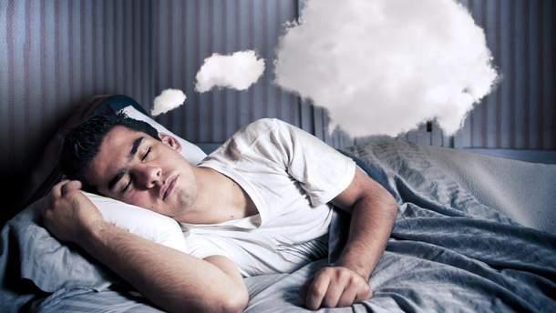 Почему люди видят странные сны в жару