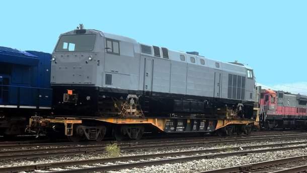"""General Electric відправила перший локомотив """"Тризуб"""""""