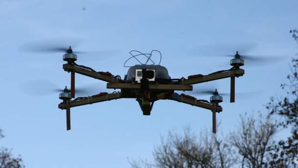Дрони в майбутньому можуть бути використані для розгону зграй птахів у аеропортах