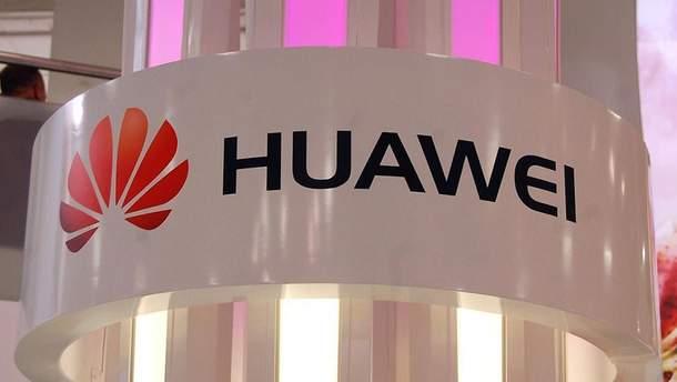 Huawei  заінтригувала рекламою