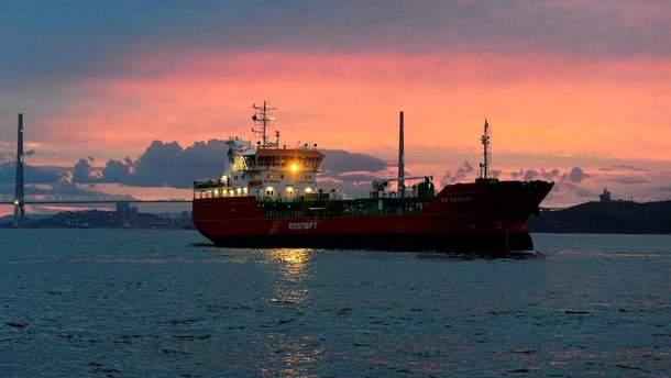 Росія створила таємну торговельну мережу для продажу нафти КНДР в обхід санкцій США