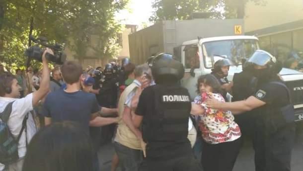 Столкновения под Лукьяновским СИЗО в Киеве 9 августа