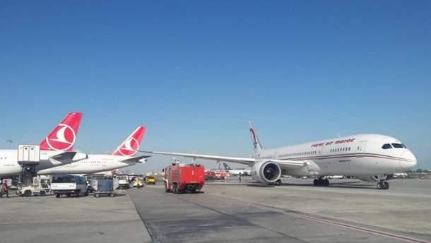 В Стамбуле столкнулись самолеты