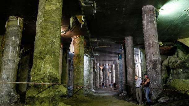 Розкопки на Поштовій площі у Києві затопило