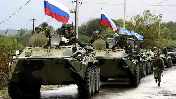 Россия стягивает к границе с Украиной войска