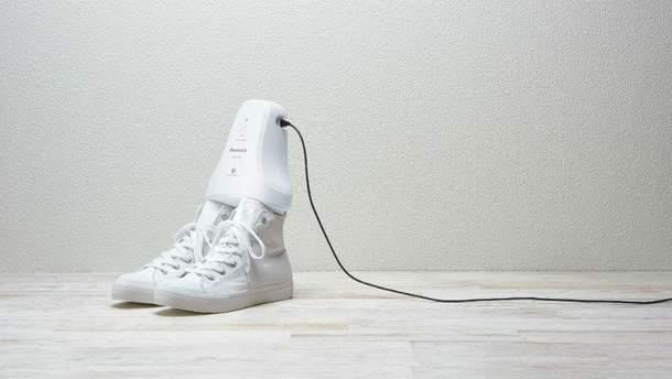 пристрій для взуття від Panasonic