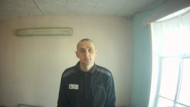 Олег Сенцов объявил голодовку 14 мая