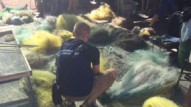 Працівників природного парку спіймали на промисловому вилові креветок