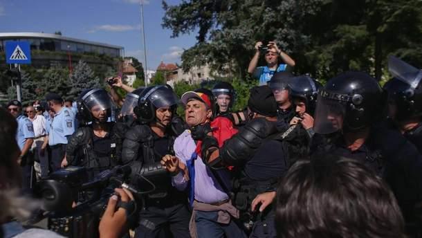 Из-за столкновений с полицией в Румынии пострадали 435 человек
