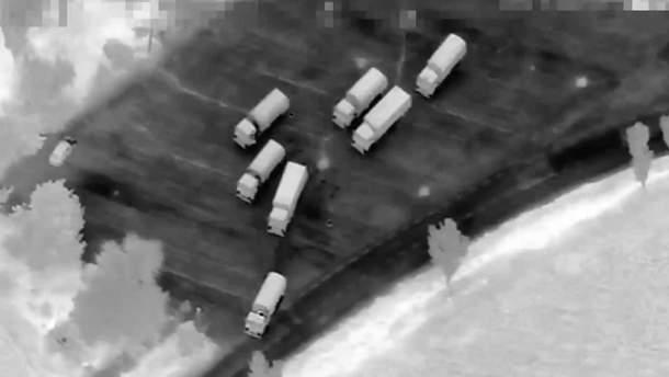 На окупований Донбас заїхала колона російських вантажівок