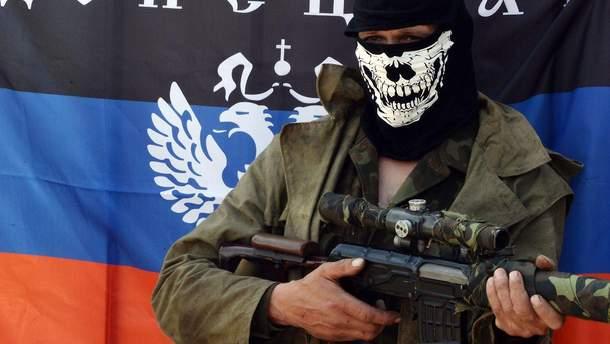 Украинские военные задержали трех пособников боевиков