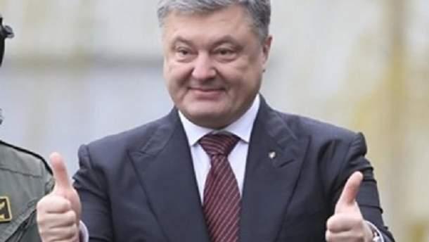 Страница Порошенко в Facebook стремительно набирает популярность