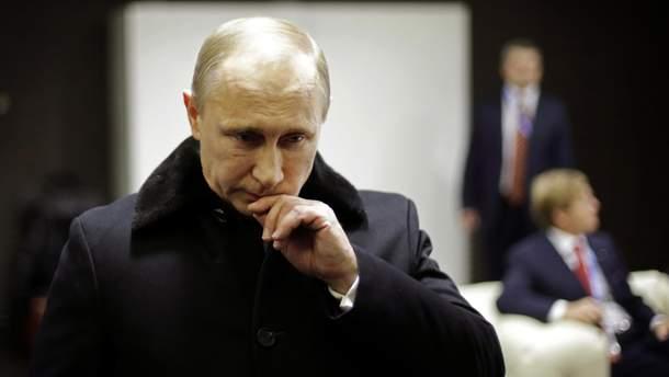 Рейтинг Путіна обвалився
