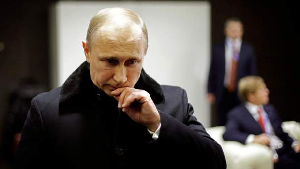 Рейтинг Путина  обвалился