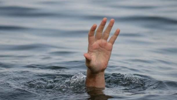На Житомирщині в озері підліток знайшов тіла двох 10-річних хлопчиків
