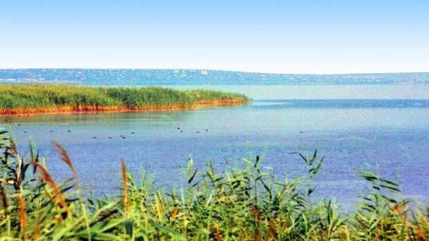 На озере Ялпуг исчезли отец и сын